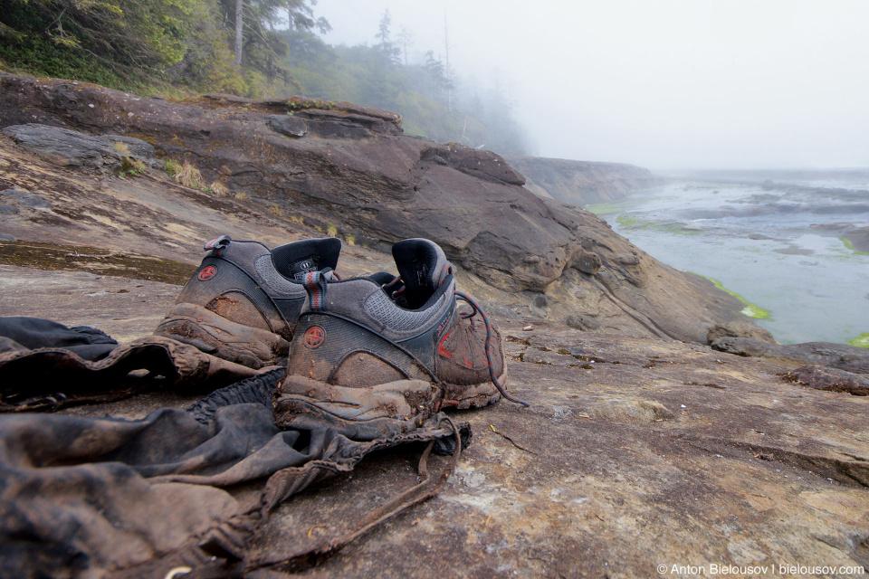 Грязные ботинки на West Coast Trail