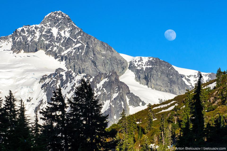 Mount Shuksan («Золотой орел»), 2,783 м