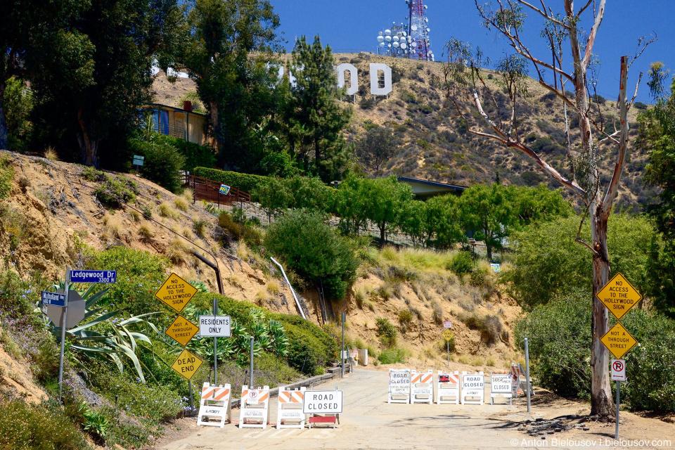 Дорога на вершину горы Ли к знаку Голливуд
