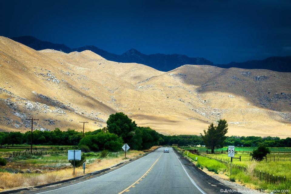 А хотите тяжелых туч над горными пиками — тогда вам на север в сторону Национального парка Йосемити.
