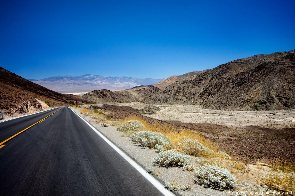 Дорога через Долину Смерти
