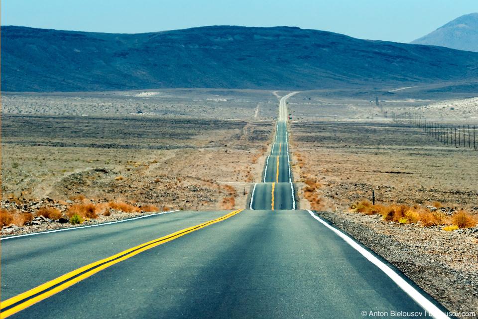 Волнистая дорога в Долину Смерти