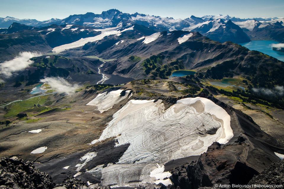 Вид с вершины Black Tusk