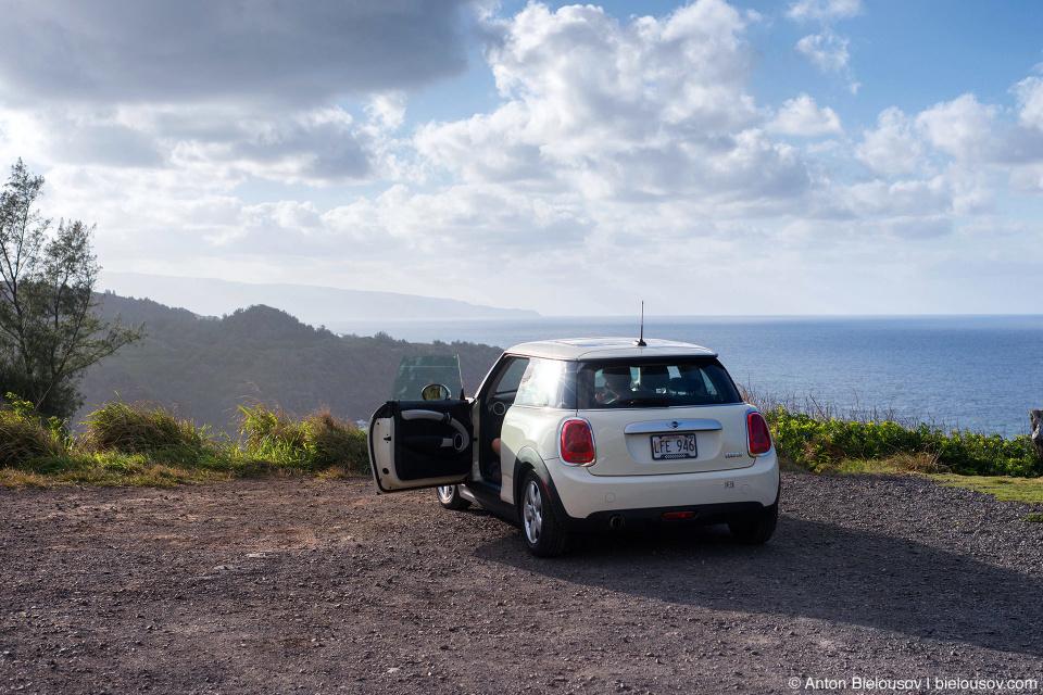 Mini Cooper on Kahikaii Highway lookout (Maui, HI)