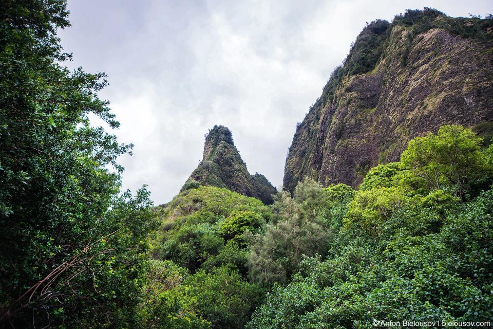 he National Monument Iao Needle (Maui, HI)