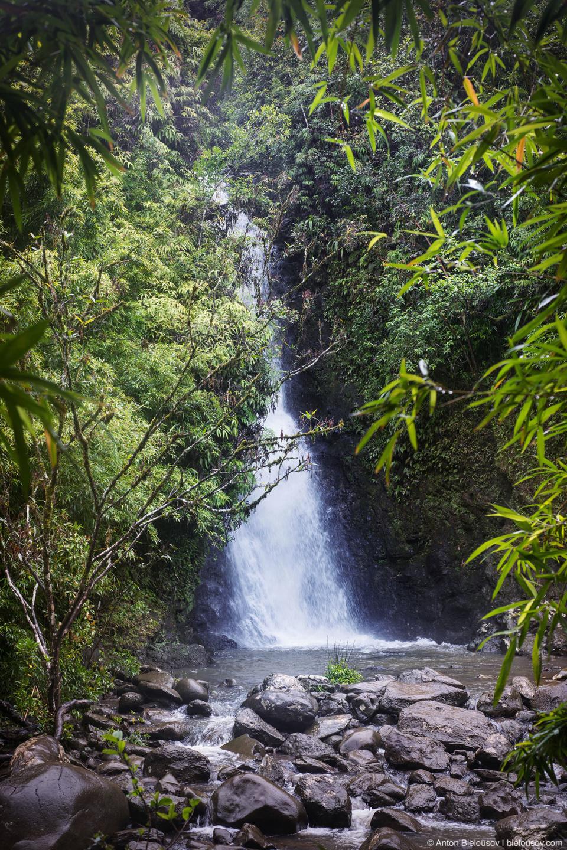 Na'ili'ili-Haele waterfall (Maui, HI)