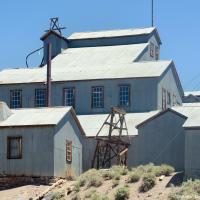 Рабочие стали приезжать на шахты из соседних городов лишь сезонно. А в 1942 году по указу Комитета военно-промышленного производства США (War Production Board) закрылась последняя шахта а вместе с ней — и почтовое отделение.