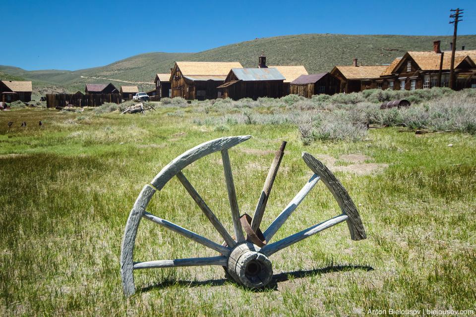Wooden wheel, Bodie, CA