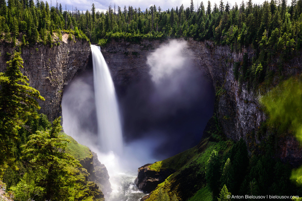 Helmcken Falls (141 m), Wells Gray Provincial Park, BC