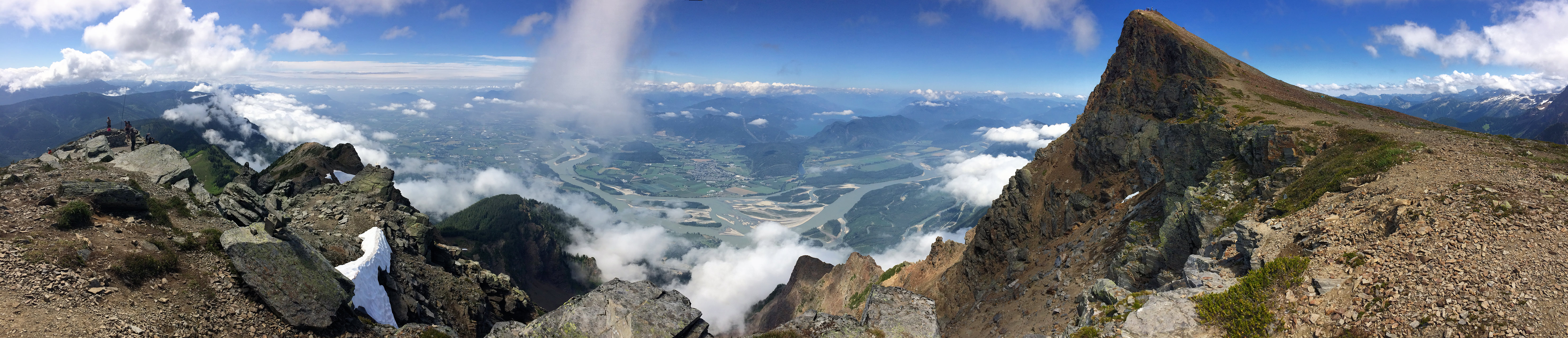 Fraser valley panoramic view from Cheam Peak