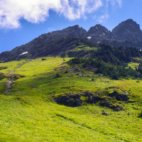 Но это оказался не Шим а пик Леди (Lady Peak) — на 70 метров выше, но без тропы наверх, что, в прочем, не значит что на него нельзя забраться.