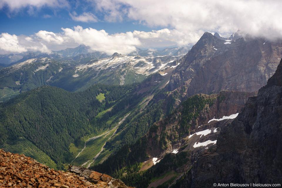 Вид с горы Cheam Peak
