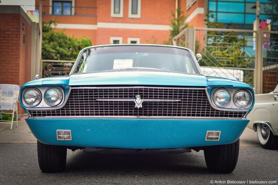 2016 Port Coquitlam Car Show — 1966 Ford Thunderbird