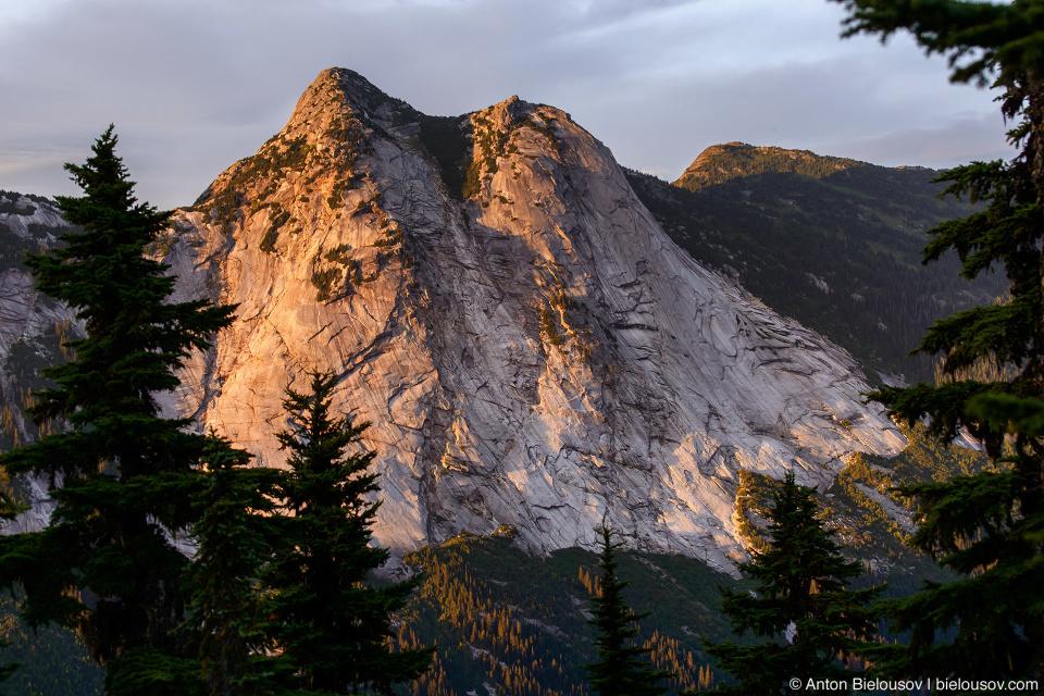 Zopkios Peak