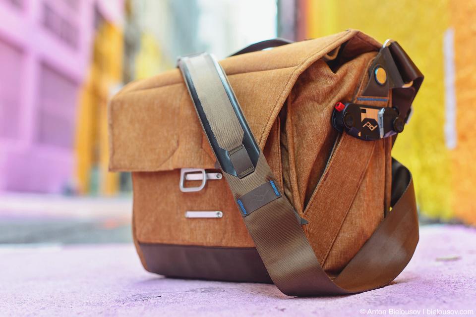 Peak Design Everyday Messenger Bag