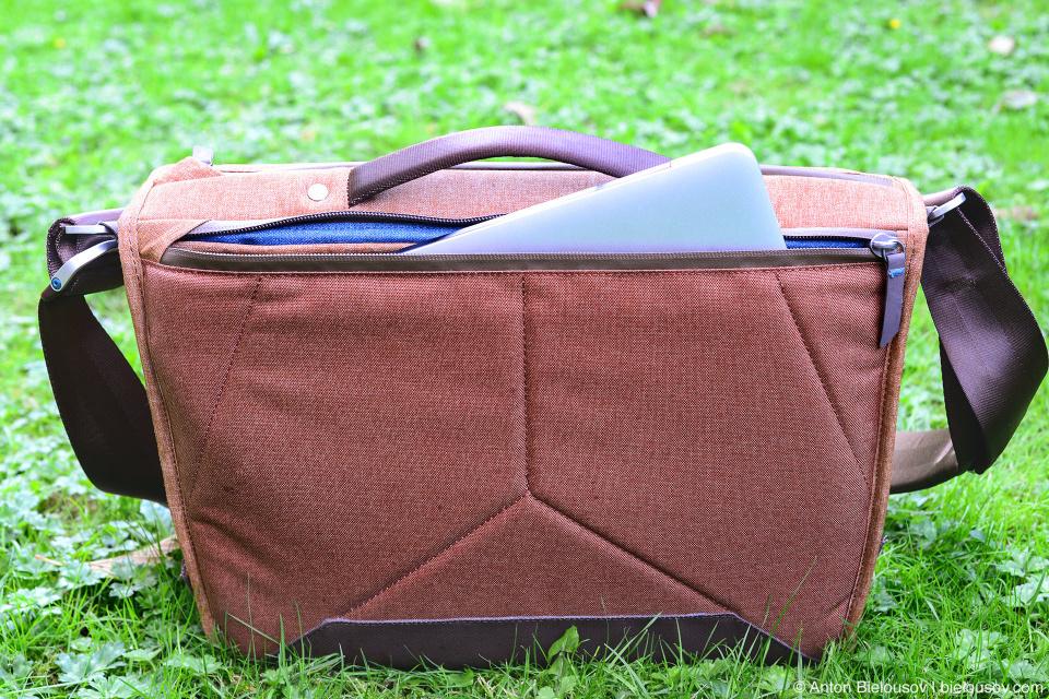 PeakDesign Everyday Messenger Bag
