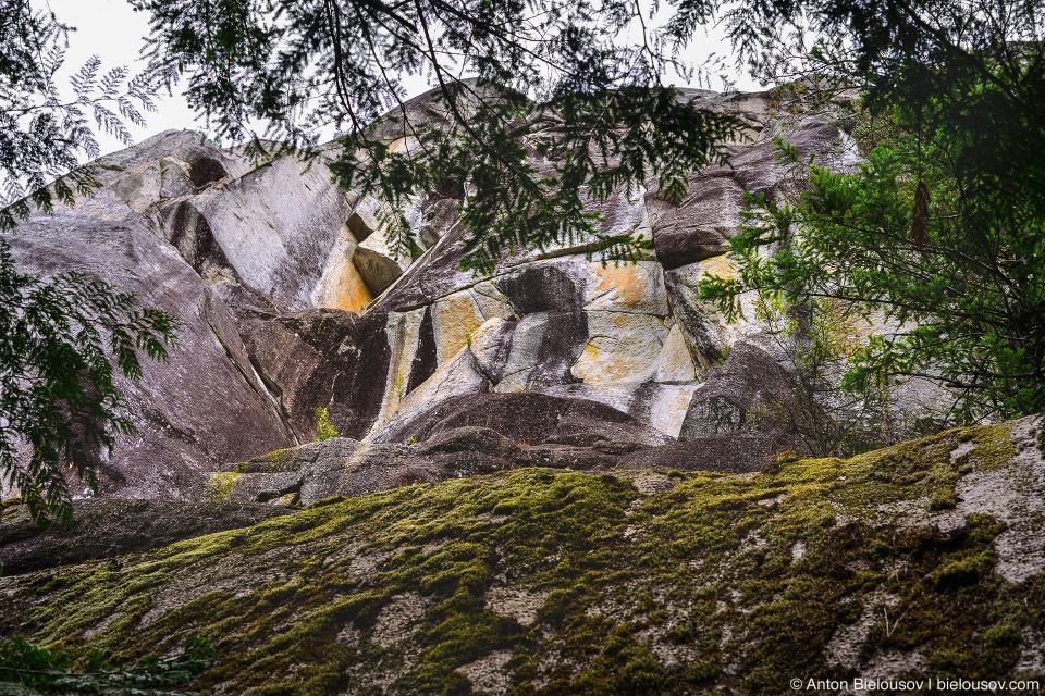 Shannon Falls Granite Boulders