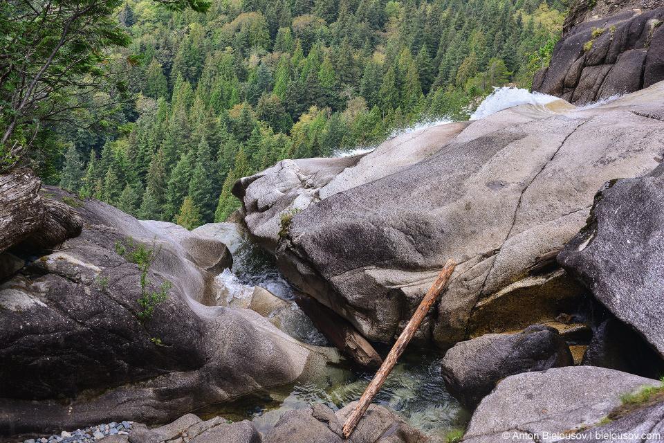 Shannon Falls Cascade