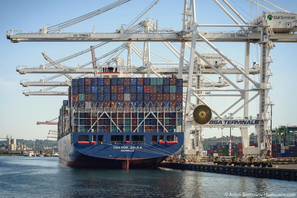 Port of Seattle Super Post-Panamax Container Cranes