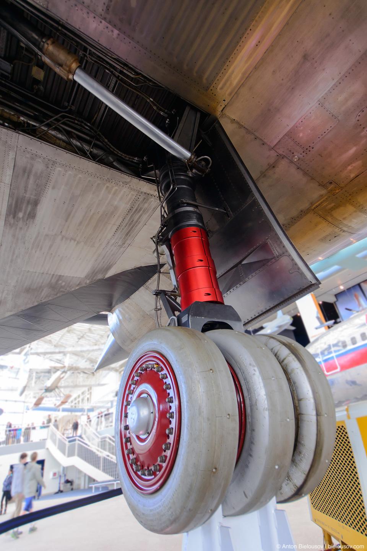 "Seattle Museum of Flight: 1963 Lockheed M-21 ""Blackbird"" Wheels"