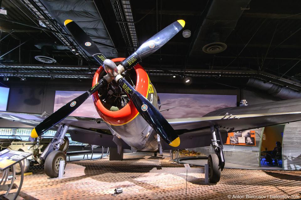 Seattle Museum of Flight: 1942 Republic Aviation Corporation P-47D Thunderbolt