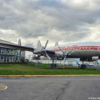Сиэтловский музей авиации — самый большой частный аэро-космический музей в мире, находится на территории первого завода Боинга.