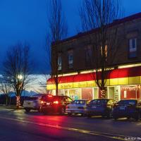 Спокойный сонный городишко Блейн — был бы себе пригородом Ванкувера, если бы не расположился к югу от 49-ой параллели по которой, как известно, проходит граница между США и Канадой.