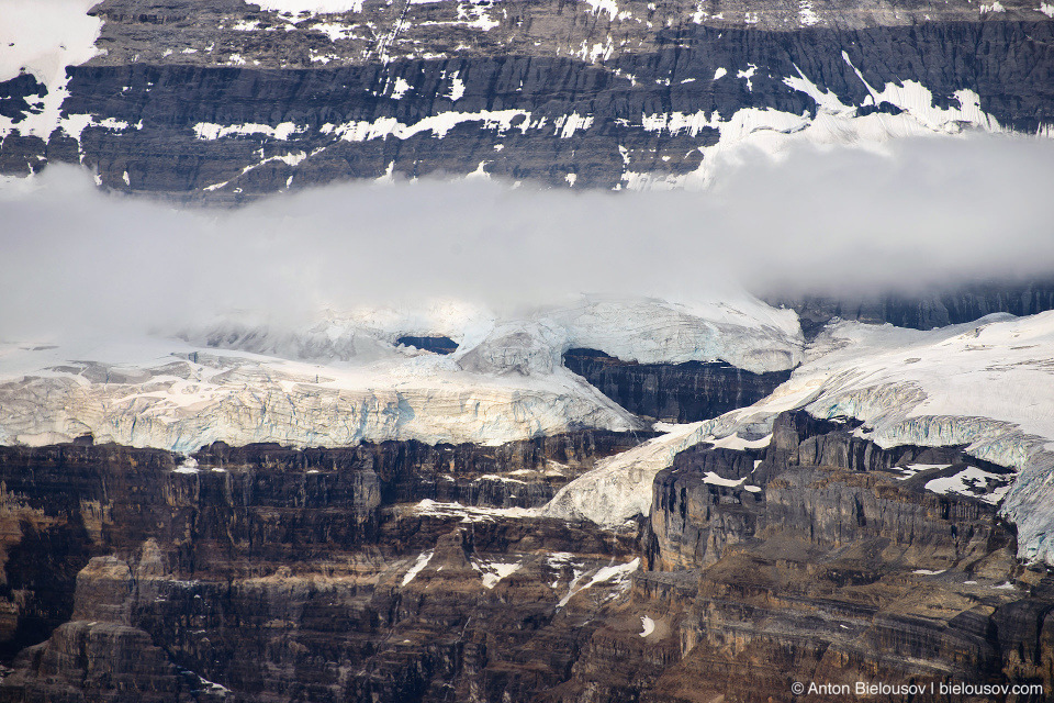 Lake Louise glacier (Banff National Park)