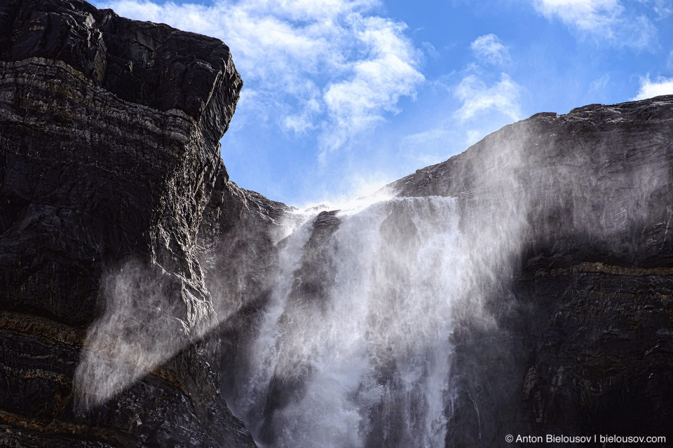 Bow Glacier Falls (Banff National Park)