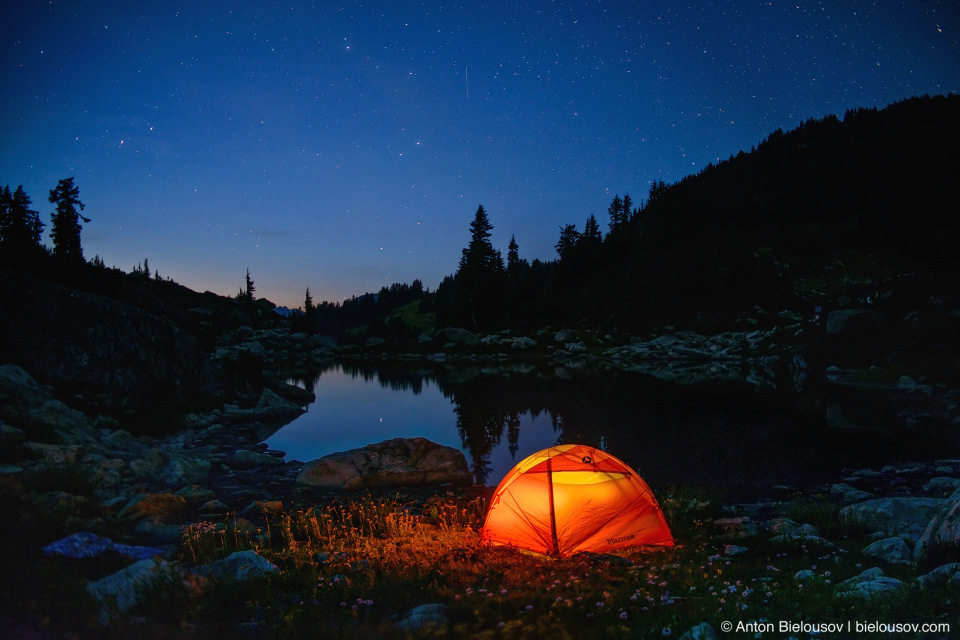 Camping at Mount Sproatt alpine lake