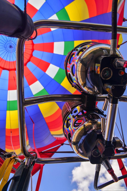 Hot air balloon burner at Wooden Shoe Tulip Fest